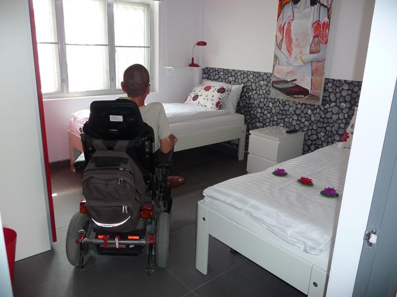 pool-villa-si-daeng-bedroom-2