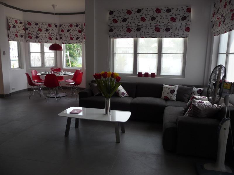 pool-villa-si-daeng-dinning-&-living-room