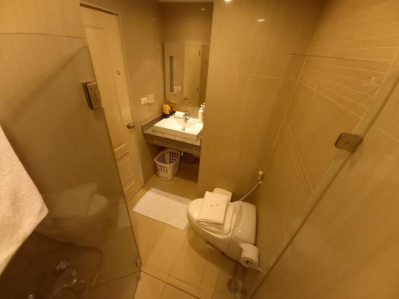 studio-74-tira-tiraa-hua-hin-bathroom-2